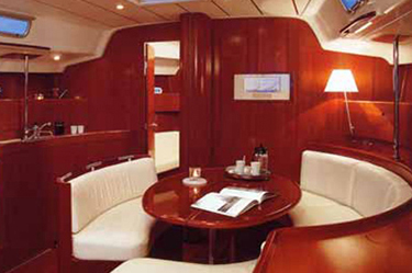 Beneteau First 47.7 Dining